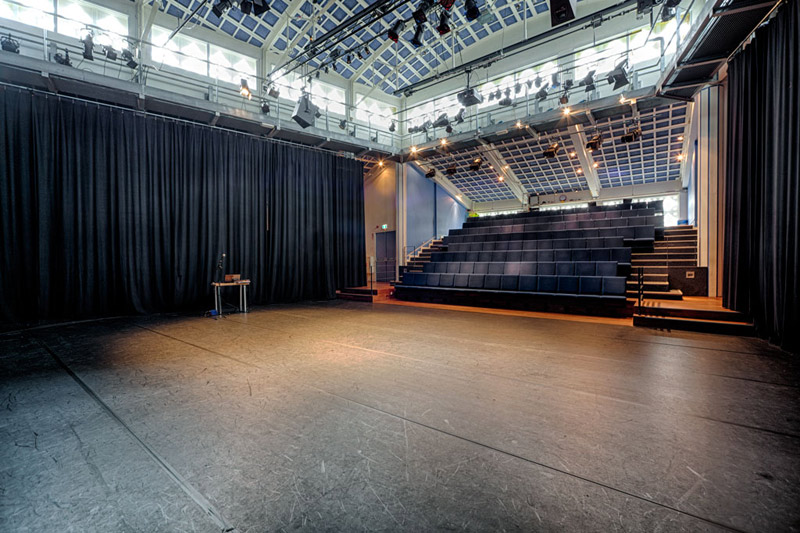 Theaterzaal Podium Mozaiek